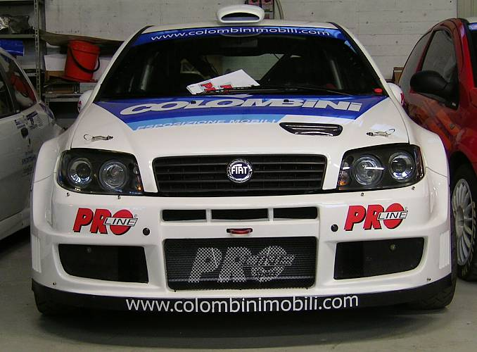 Oto Fiat Punto Abarth S1600